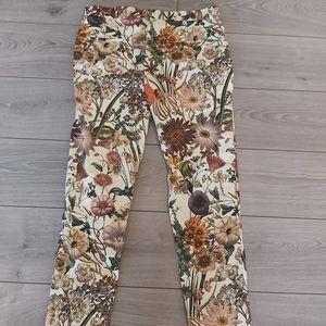 Zara woman floral print pants